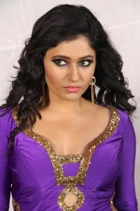 Aranmanai 2 Movie Actress Poonam Bajwa Hot Images