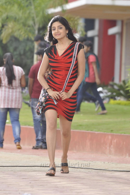 Aadu Magadu Ra Bujji Actress Poonam Kaur New Pics