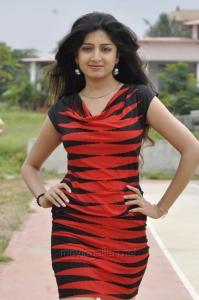 Poonam Kaur New Pics in Aadu Magadu Ra Bujji