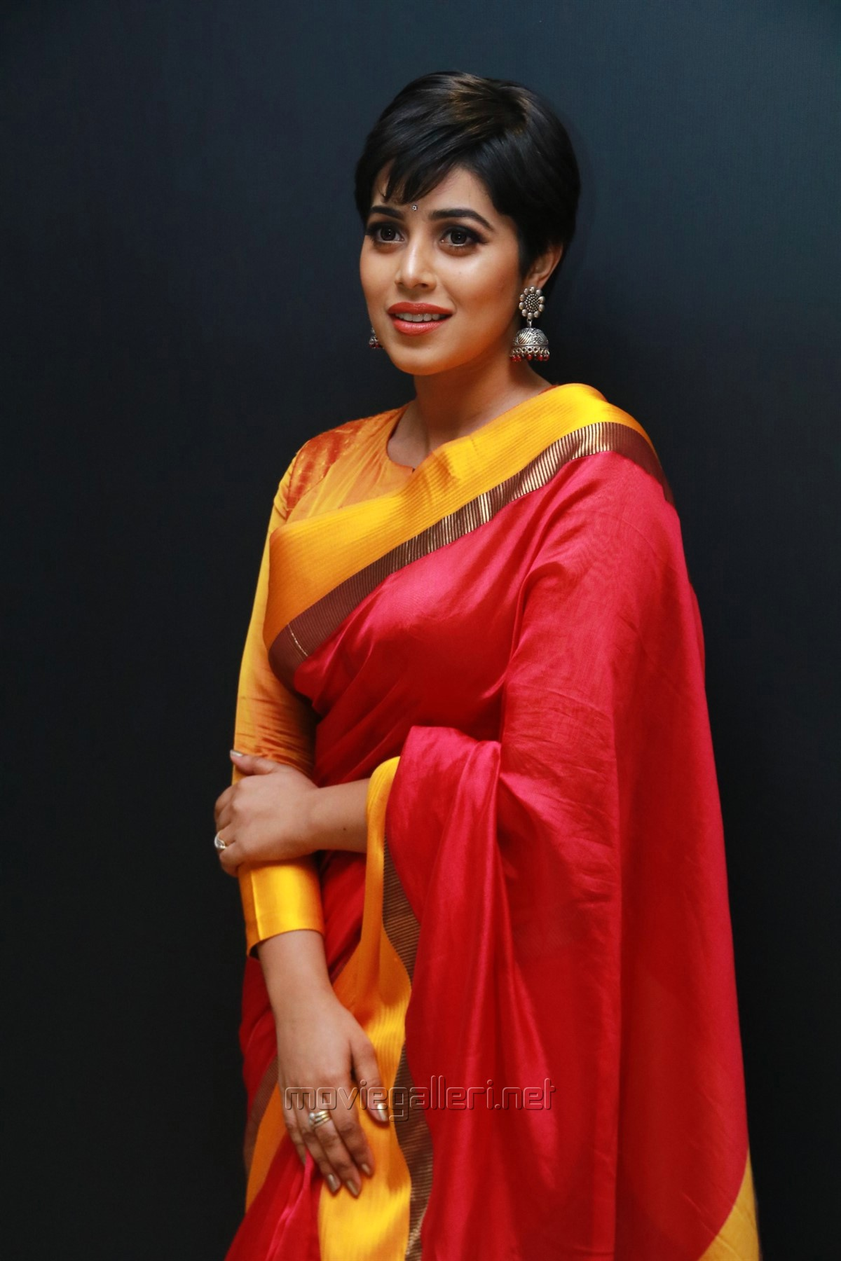 Tamil Actress Poorna in Red Silk Saree Pics HD