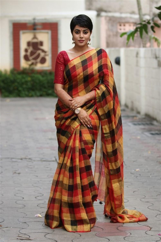 Actress Shamna Kasim Saree Latest Images