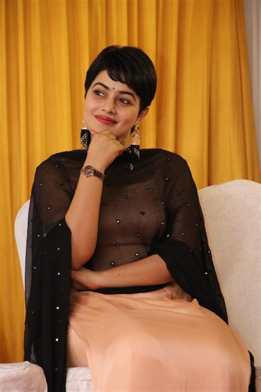 Actress Shamna Kasim @ Savarakathi Movie Thanks Giving Meet Function