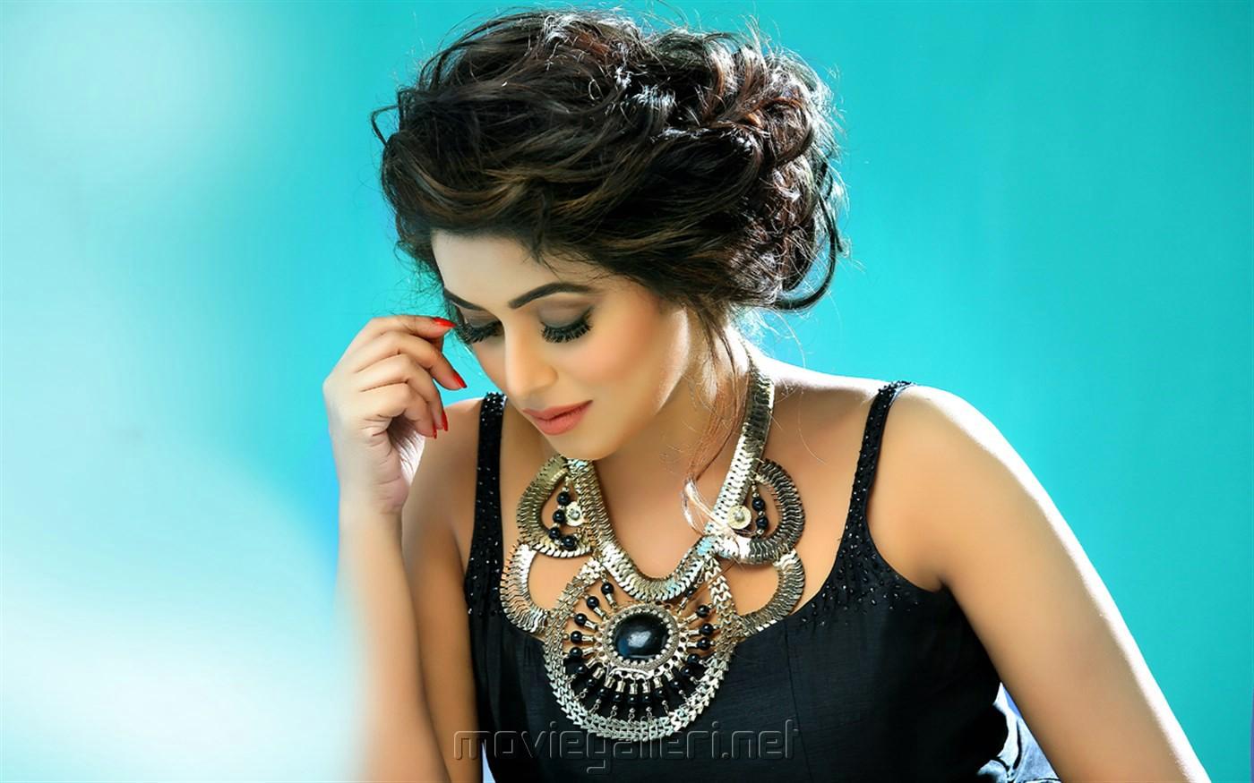 Actress Poorna Photoshoot Stills