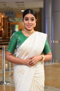 Thalaivi Movie Heroine Poorna Saree Images