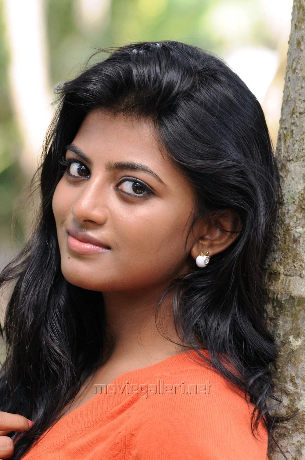picture 745017 actress anandhi in poriyaalan tamil movie