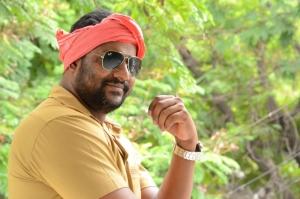 Telugu Actor Prabhakar Photos at Right Right Interview