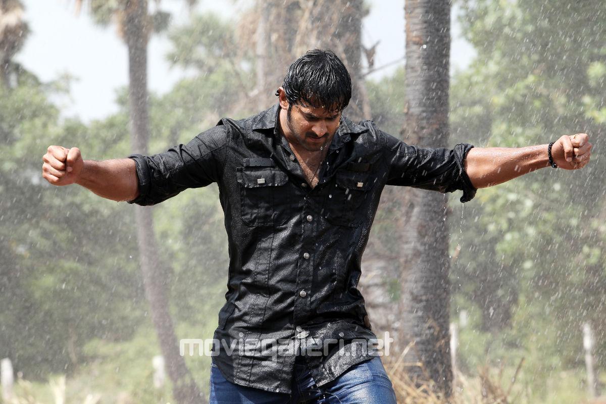 Prabhas In Mirchi: Telugu Actor Prabhas Mirchi Rain Fight