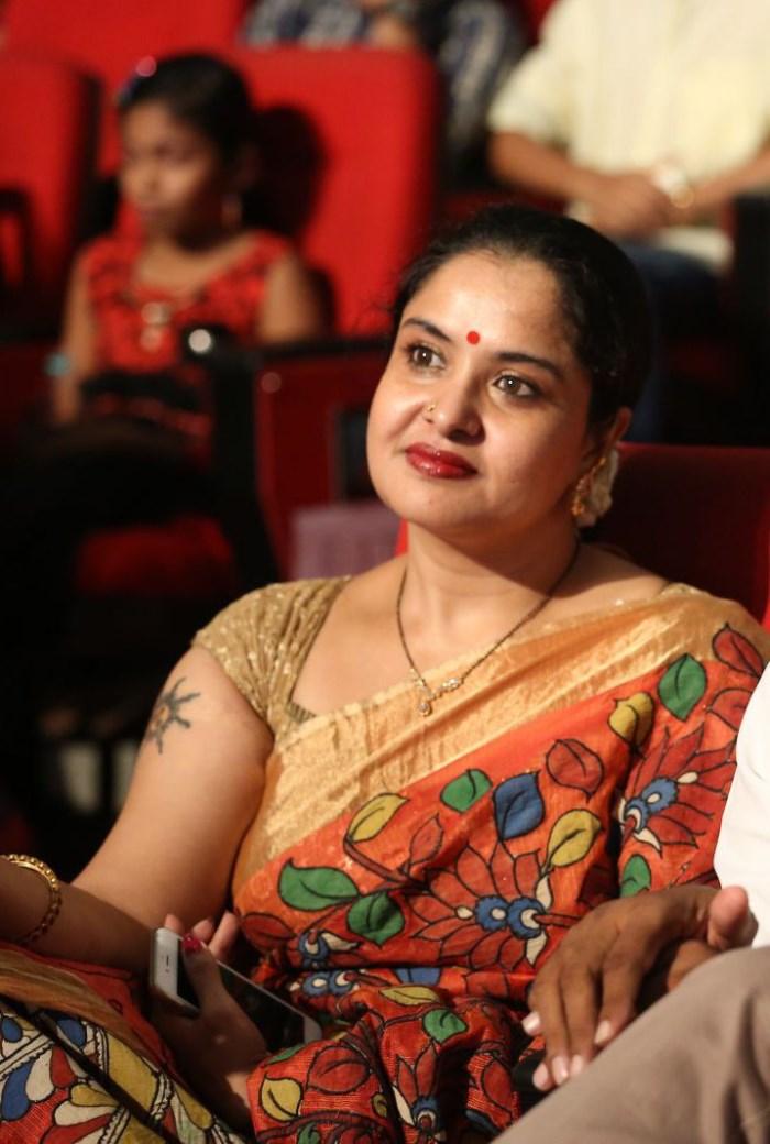 Picture 1036286 : Actress Pragathi Latest Pics @ Oka ...