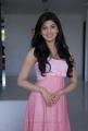 Sakuni Heroine Praneetha Cute Pics