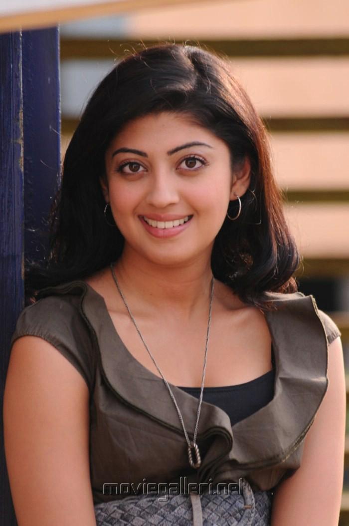 picture 256833 actress praneetha hot stills in saguni