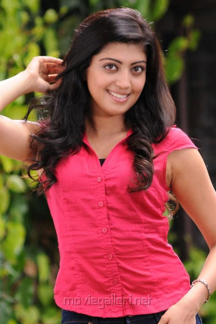 picture 256854 praneetha latest stills in saguni new