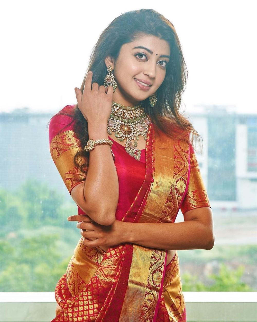 Actress Pranitha Subhash Recent Photos