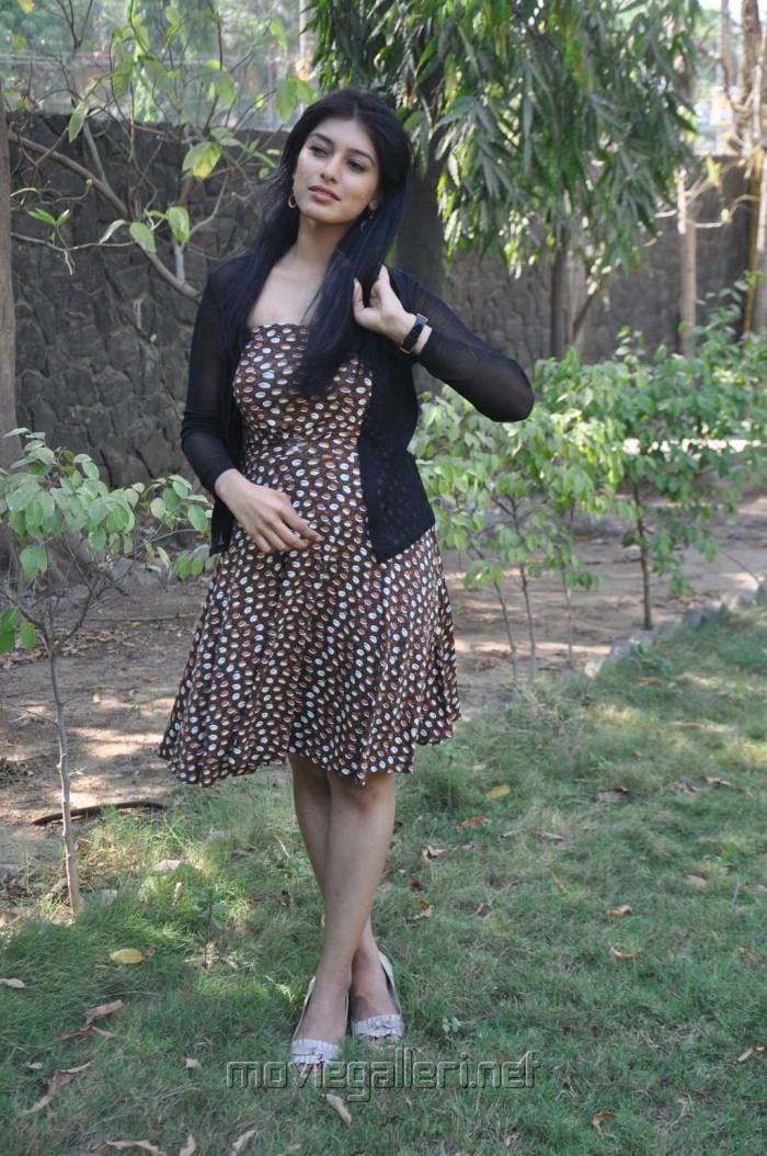 Preeti Bhandari Hot Stills