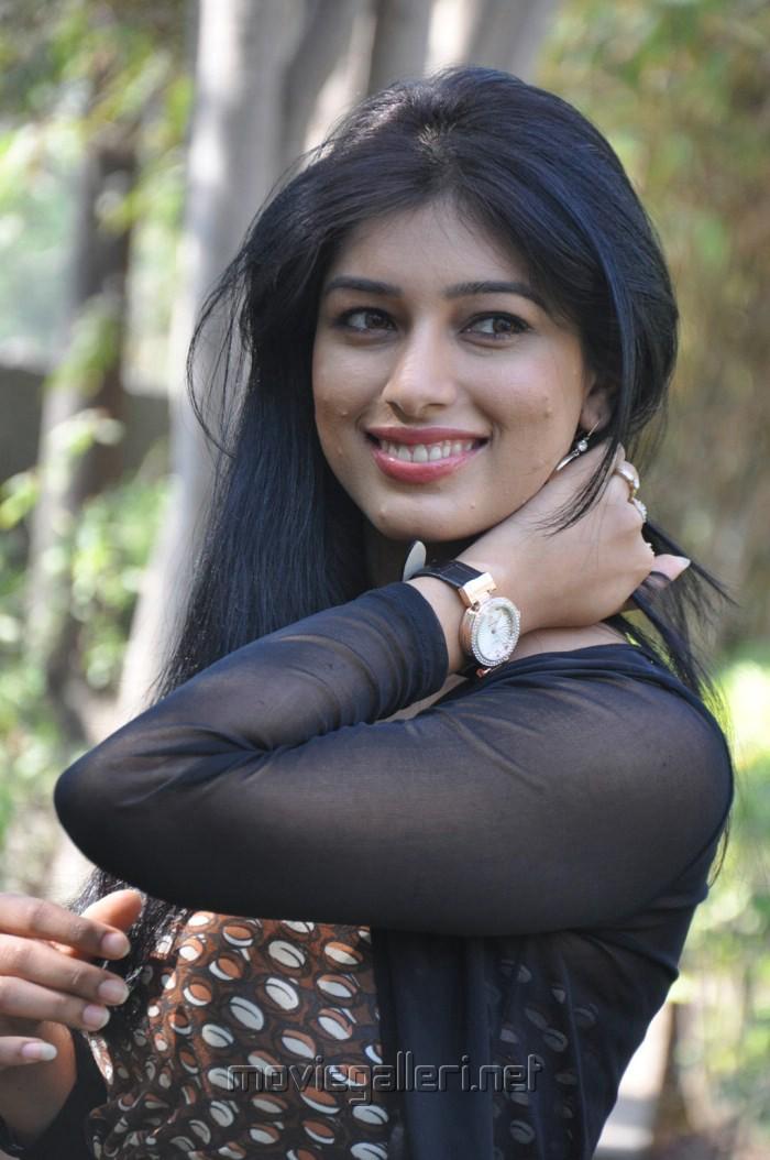 picture 204783 preeti bhandari hot stills new movie