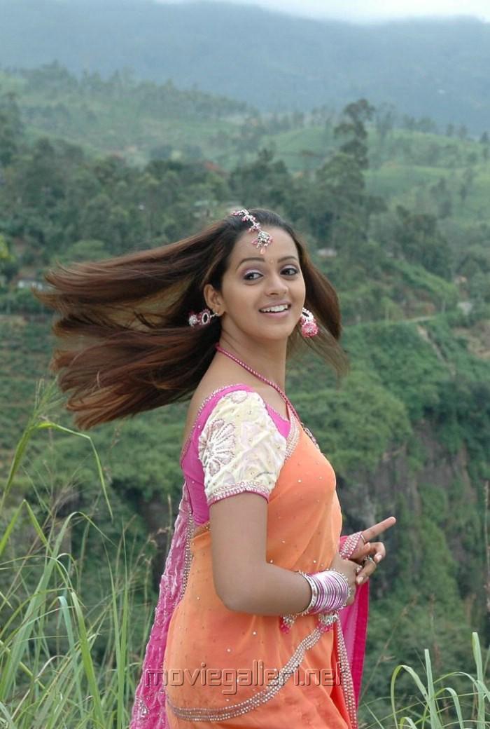 Bhavana hot back rsp bhavana hot back altavistaventures Image collections