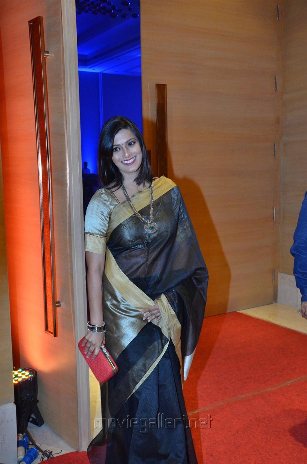 Varalaxmi Sarathkumar @ Pride of Tamil Nadu Awards 2017 Stills