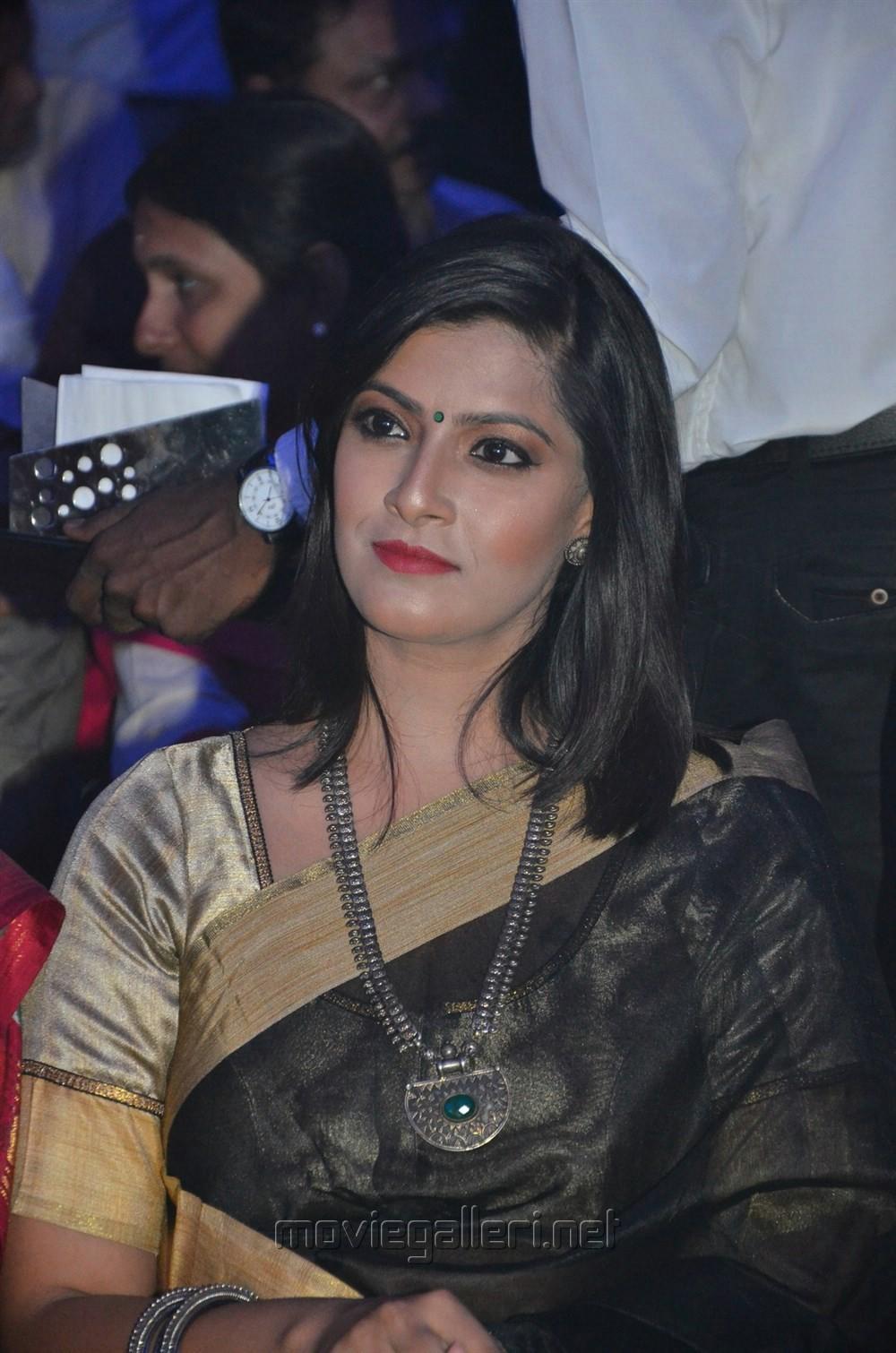 Varalakshmi Sarathkumar @ Pride of Tamil Nadu Awards 2017 Stills
