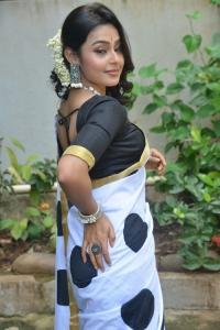 Auto Rajani Movie Heroine Pritha Sengupta Photos
