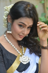 Actress Pritha Sengupta Saree Photos @ Auto Rajani Movie Launch