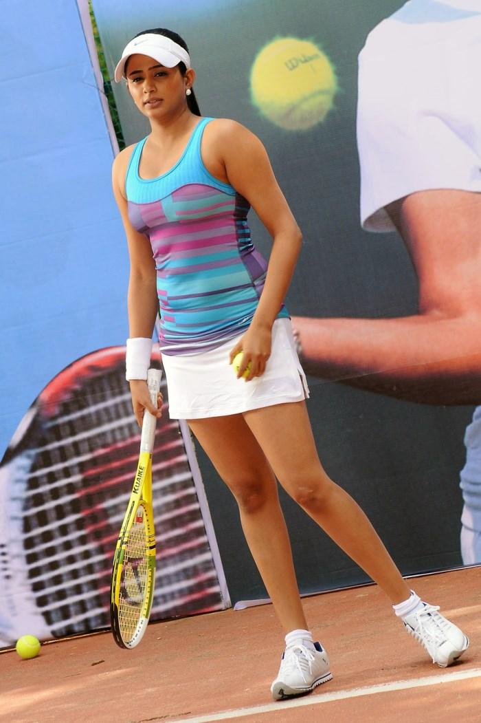 Indian-Actress-Stills: Indian Tennis Player Sania Mirza