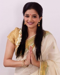 Telugu Actress Priyamani New Saree Photoshoot Stills