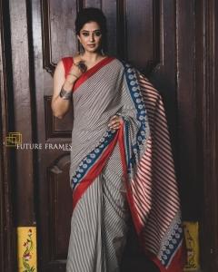 Actress Priyamani New Saree Photoshoot Stills