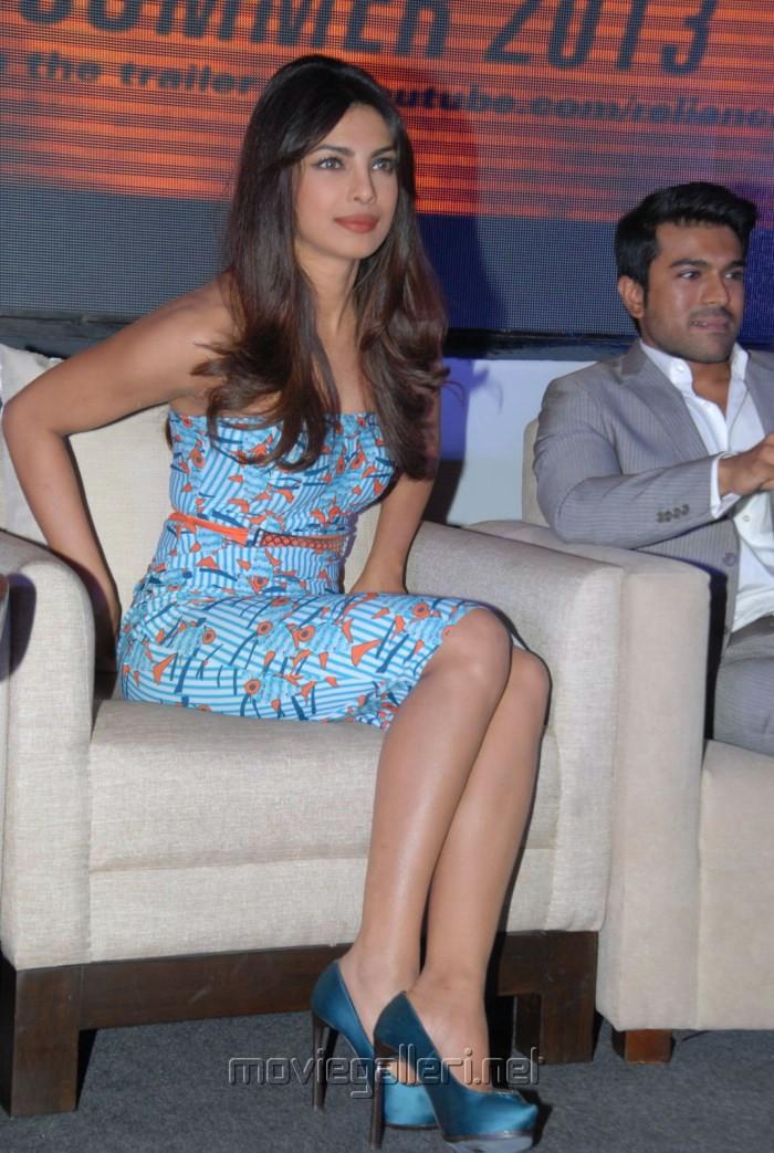 http://moviegalleri.net/wp-content/gallery/priyanka-chopra-at-toofan-trailer-launch/actress_priyanka_chopra_latest_photos_toofan_trailer_launch_52c5ad1.jpg