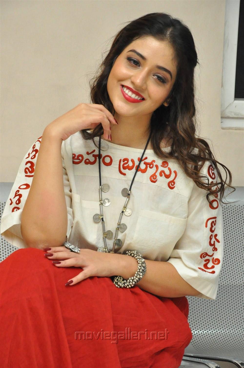 Telugu Actress Priyanka Jawalkar Photos @ Taxiwala Movie Teaser Launch
