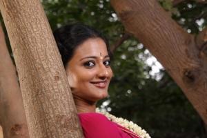 Tamil Actress Priyanka Nair Cute Photos