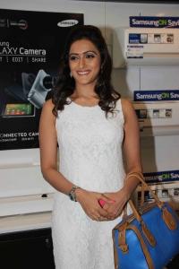 Priyanka Rao launches Samsung Plaza in Pai International store