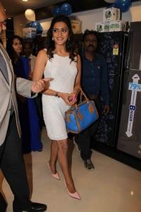 Priyanka Rao launch Samsung Digital Plaza at Kompally Photos