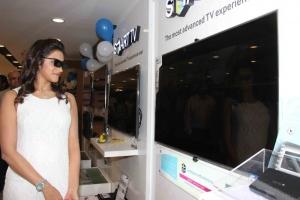 Priyanka Rao launch Samsung Digital Plaza at Kompally