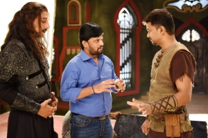 Sudeep, Chimbu Devan, Vijay in Puli Tamil Movie Stills