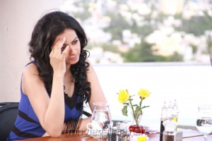 Rakul Preet Singh in Puthagam Movie Shooting Spot Stills