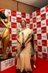 Anandam Old Age Home Bhagirathi Ramamurthy @ Puthiya Thalaimurai Sakthi Awards 2018 Photos