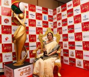 Anandam Old Age Home Owner Bhagirathi Ramamurthy @ Puthiya Thalaimurai Sakthi Awards 2018 Photos