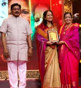 TR Pachamuthu, Vani Jairam, P Susheela @ Puthiya Thalaimurai Sakthi Awards 2018 Photos