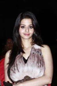 Actress Vedika at Puthiya Thalaimurai Thamizhan Awards 2013 Photos