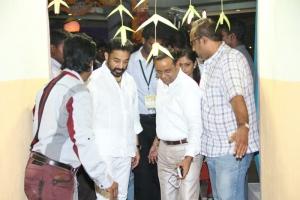 Actor Kamal at Puthiya Thalaimurai TV Awards 2013 Photos