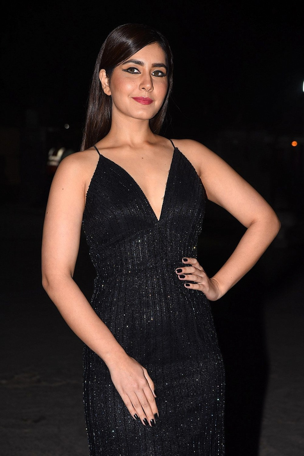 Actress Rashi Khanna New Pictures @ Venky Mama Musical Night