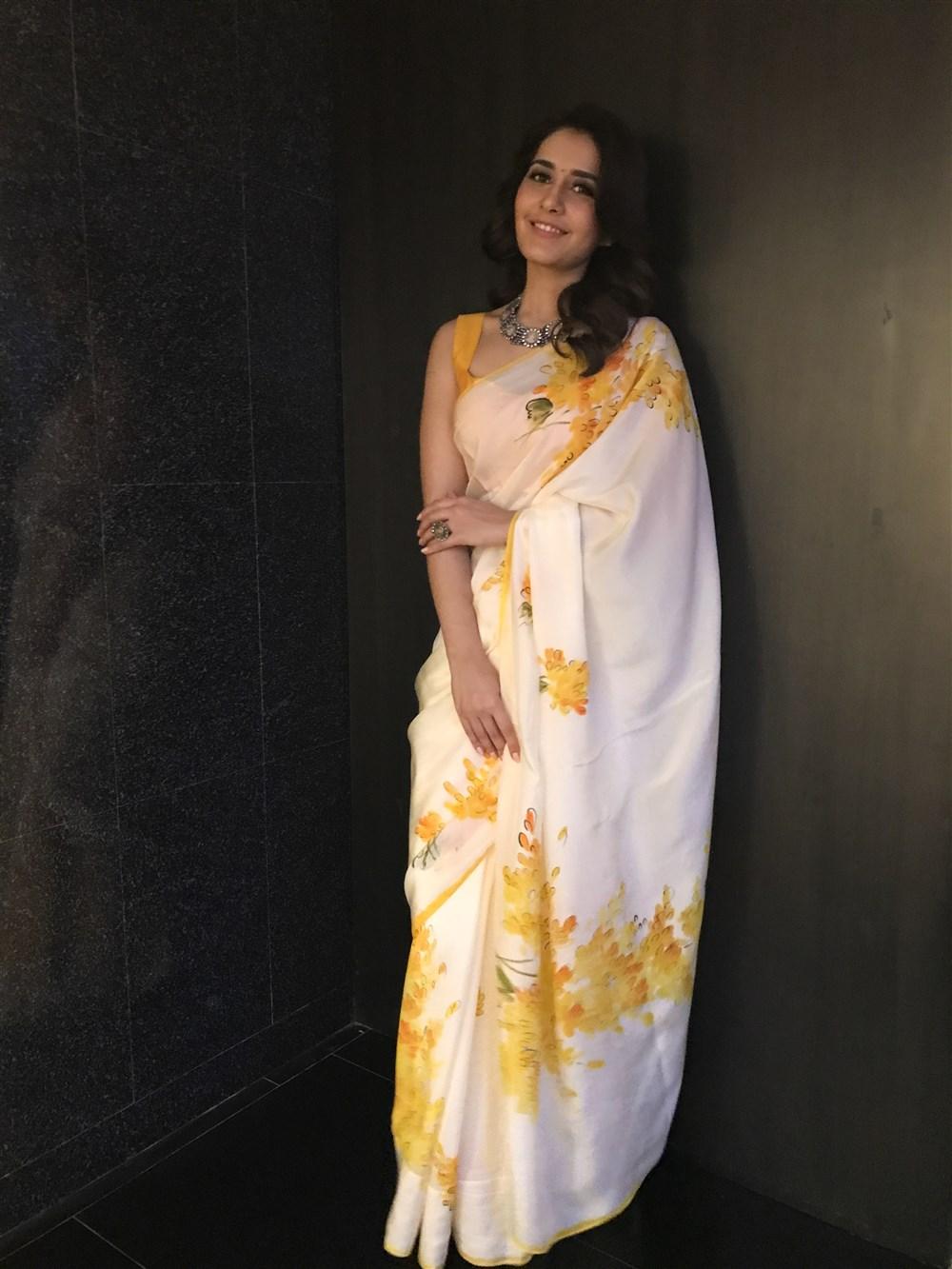 Actress Raashi Khanna Pics @ Mohanlal's Villain Audio Launch