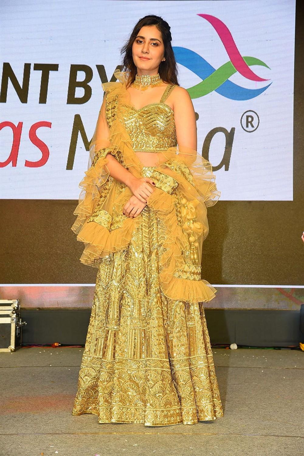 Venky Mama Movie Actress Raashi Khanna New Images