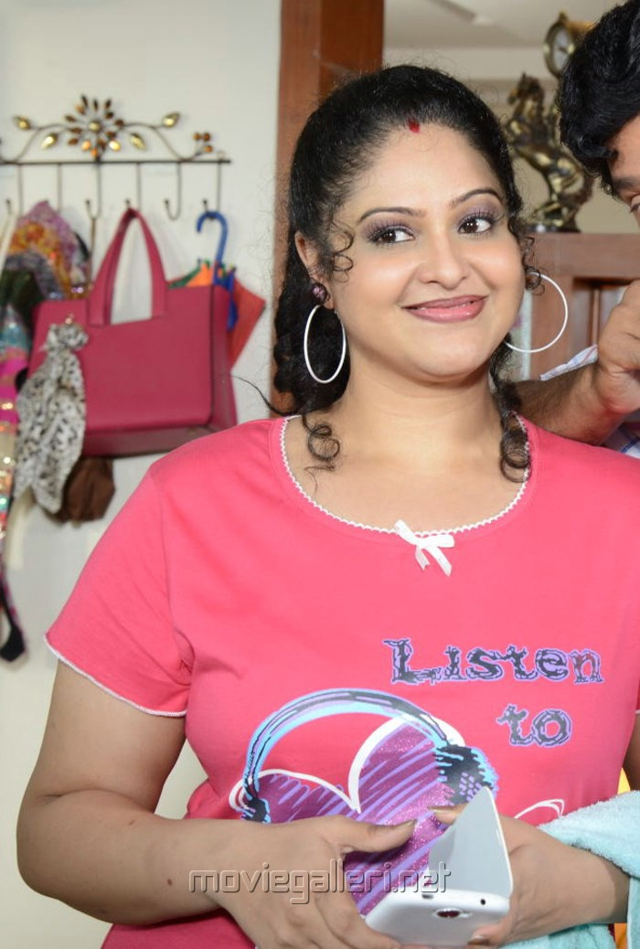 Picture 494640 | Actress Raasi (Manthra) in Light Pink Dress ...