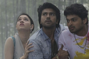 Ram Charan Teja, Tamanna, Ajmal Ameer in Rachcha Telugu Movie
