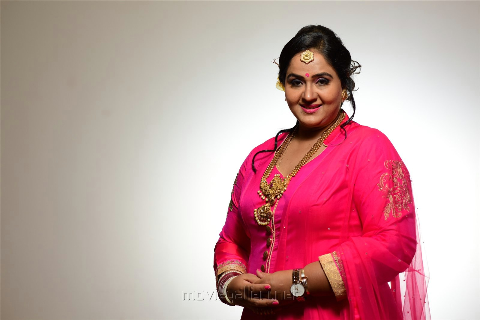 Priyanka Chopra Indian Actress - Who's Dated Who? Actress radha husband photos