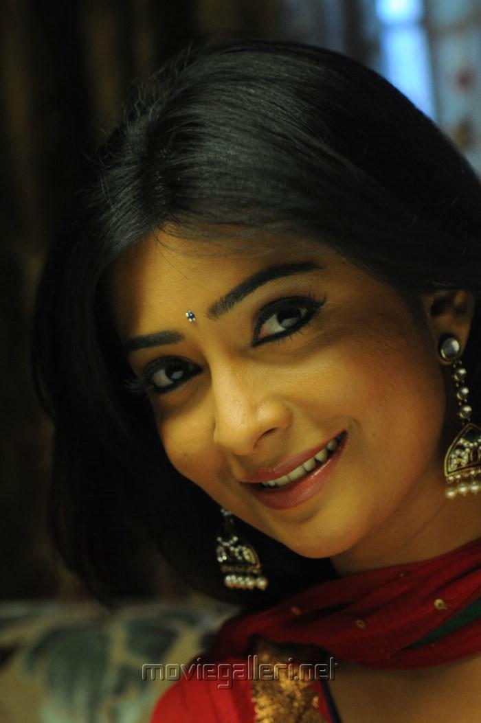 Actress Radhika Pandit Photos in Yuvakudu Movie