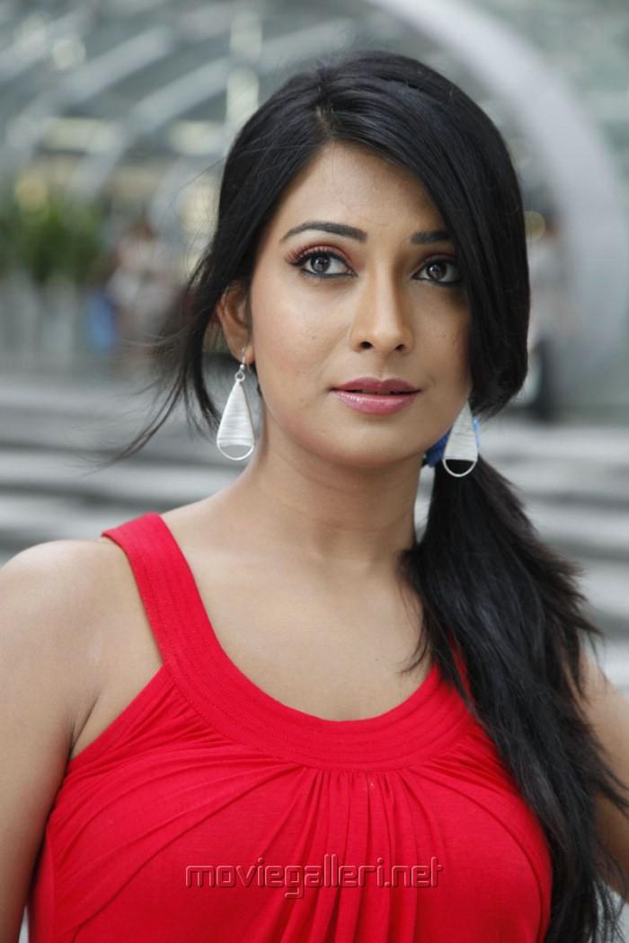 radhika pandit facebook