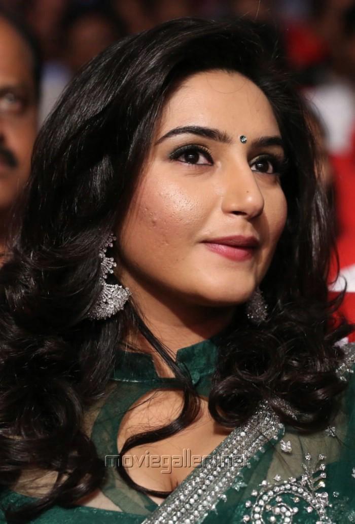 Actress Ragini Dwivedi Saree Stills @ Janda Pai Kapiraju Audio Launch ...