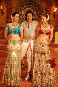 Divya Parameshwaran, Prashanth, Pooja Chopra in Rajakota Rahasyam Movie Stills