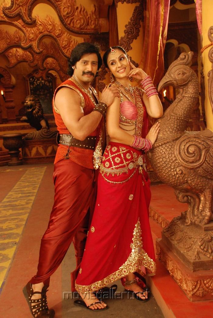 Prashanth, Divya Parameshwar in Rajakota Rahasyam Telugu Movie Stills